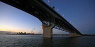 Auckland Bridge Bungy & Climb Combo image 5
