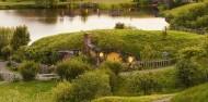 Hobbiton and Black Labyrinth Black Water Rafting - Headfirst Travel image 4