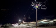 Coronet Peak Night Ski Luxury Transfer & Apres Ski - Black ZQN image 3