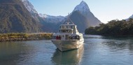 Milford Sound Coach & Cruise - Mitre Peak Cruises image 5