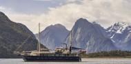 Milford Sound Overnight Cruise - Wanderer image 3
