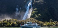 Milford Sound Coach Cruise Fly image 2