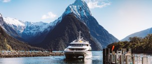 Milford Sound Coach & Cruise from Queenstown - JUCY Cruise