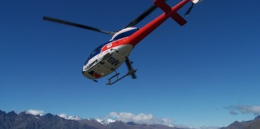 Helicopter Flight - Alpine Snow Landing - Everything New Zealand