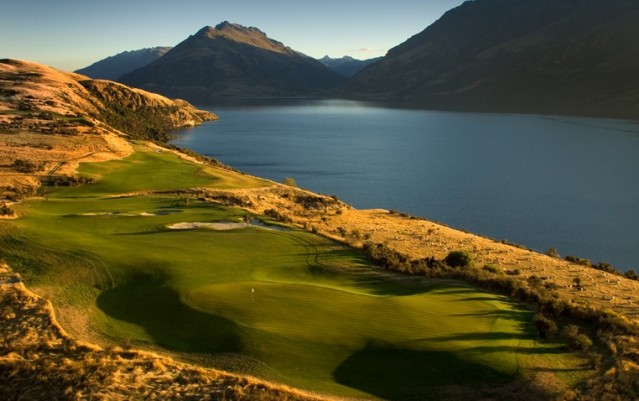 Golf - Peak Golf Queenstown